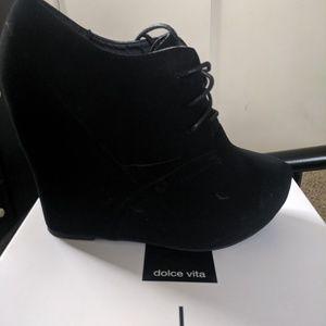 Black dolce Vita black wedge bootie